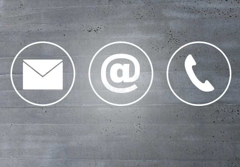 Conceito do telefone da mensagem de correio eletrónico dos ícones do contato fotografia de stock royalty free