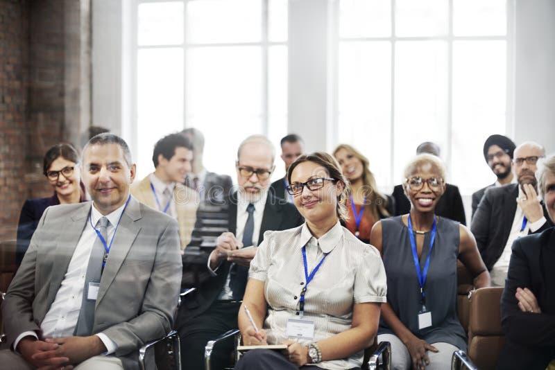 Conceito do treinamento da audiência da conferência do seminário da reunião foto de stock