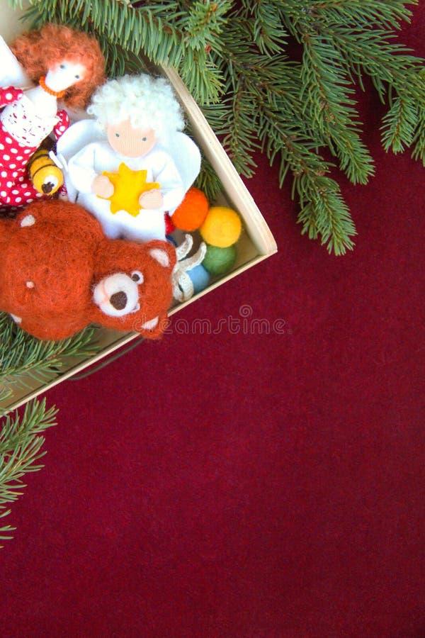 Conceito dos brinquedos do advento do Natal e do ano novo imagem de stock
