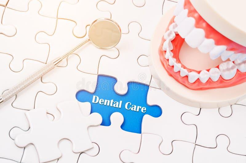 Conceito dos cuidados dentários foto de stock royalty free