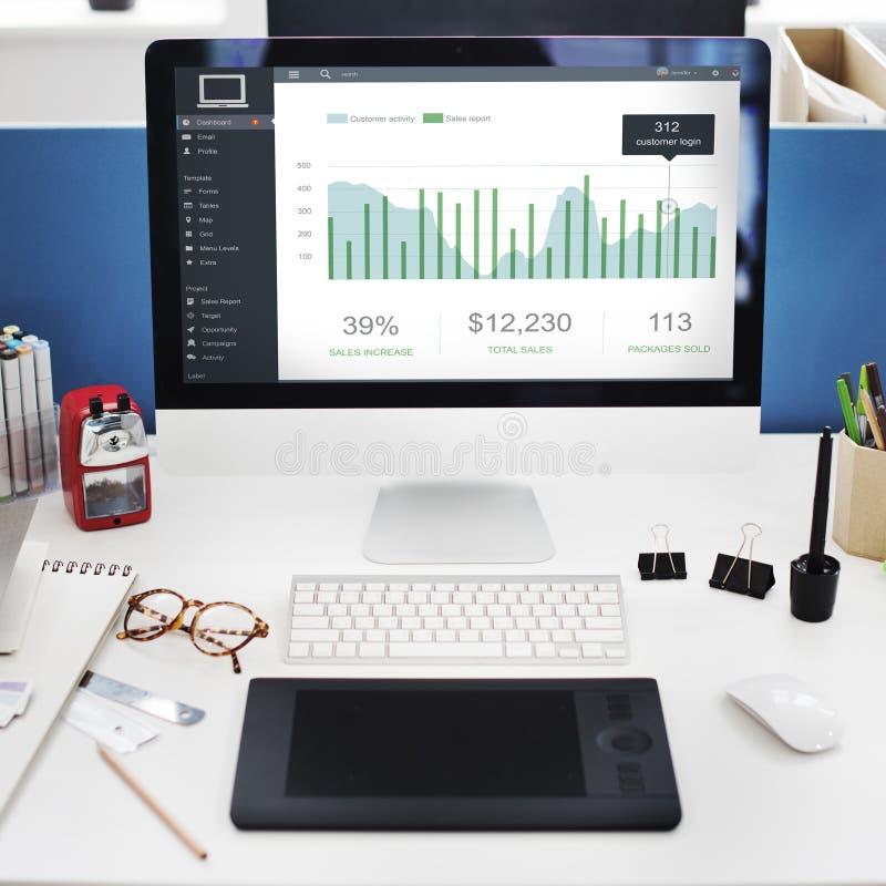 Conceito dos gráficos do painel das vendas do mercado do cliente fotografia de stock