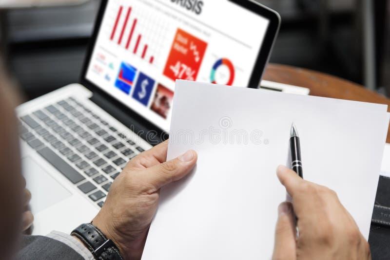 Conceito dos homens de negócio do original de papel de Layerspace imagens de stock royalty free