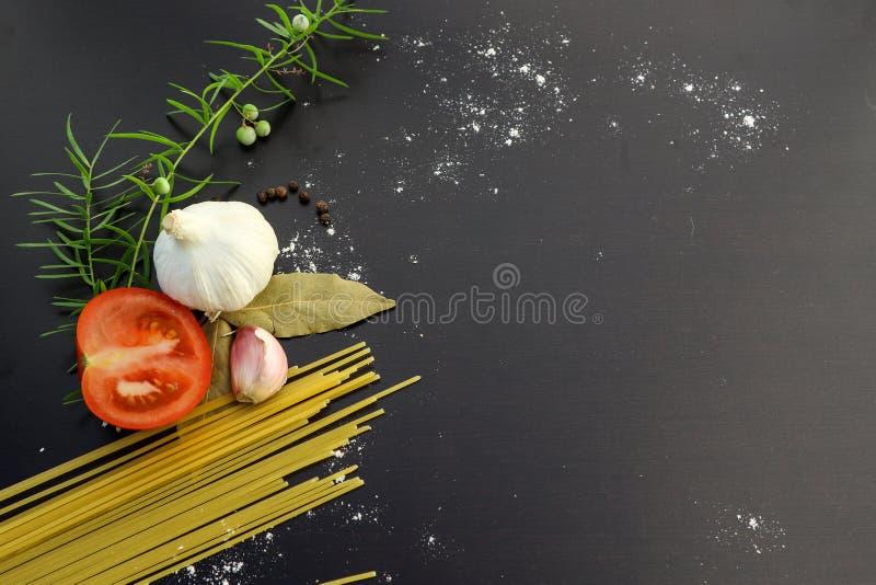 Conceito dos ingredientes da massa foto de stock