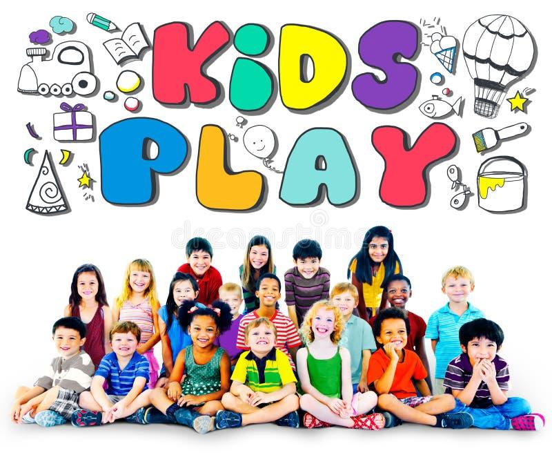 Conceito dos jogos do lazer dos passatempos da imaginação do jogo das crianças fotos de stock royalty free