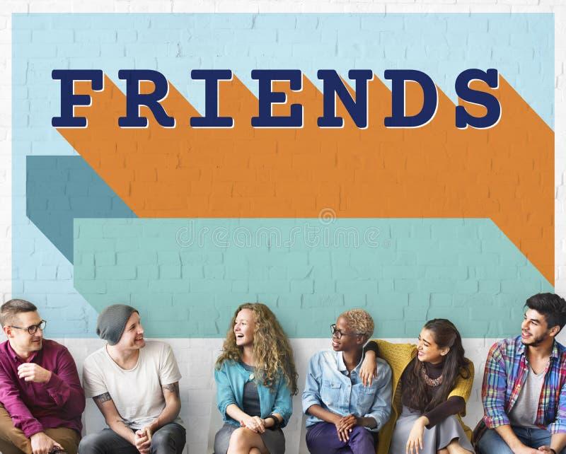 Conceito dos jovens do grupo da apreciação da amizade dos amigos imagens de stock royalty free
