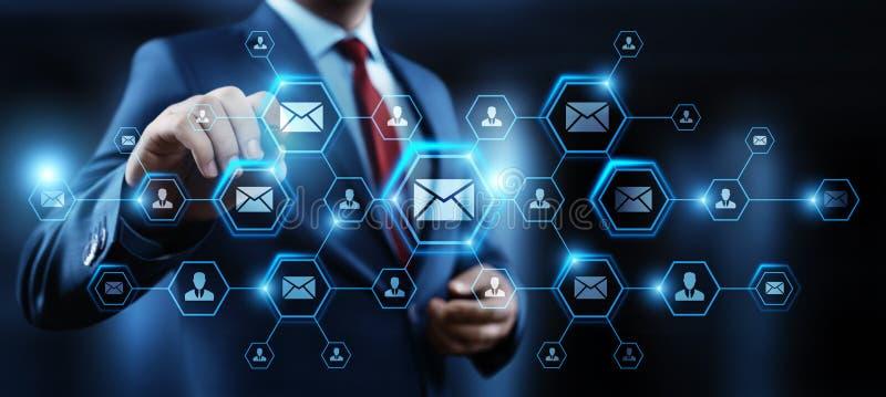 Conceito em linha da rede da tecnologia do Internet do negócio do bate-papo de uma comunicação do correio do email da mensagem foto de stock royalty free