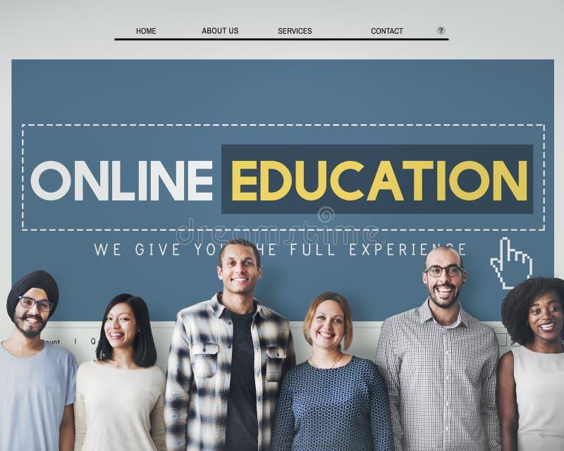 Conceito em linha da tecnologia do ensino eletrónico do homepage da educação fotos de stock royalty free