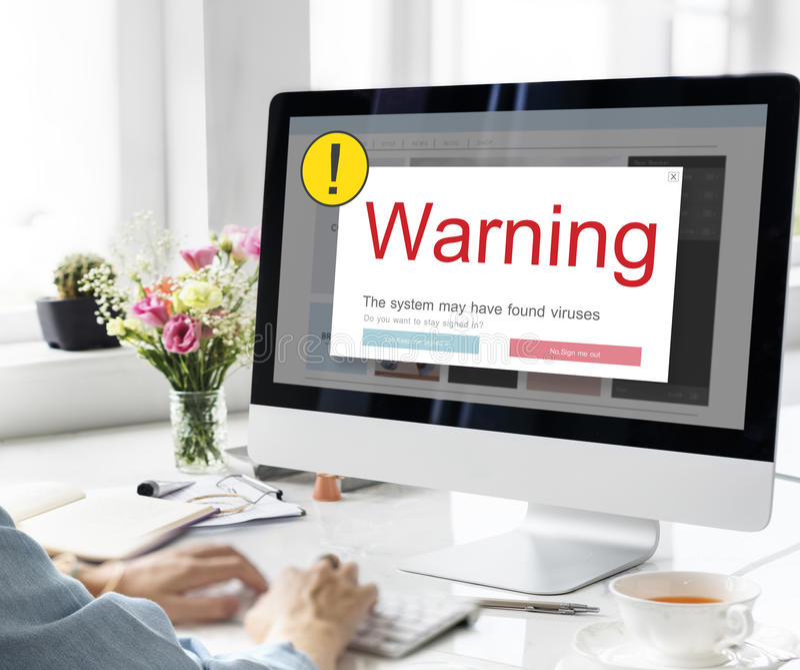 Conceito emergente do cuidado de advertência da exclamação imagens de stock royalty free
