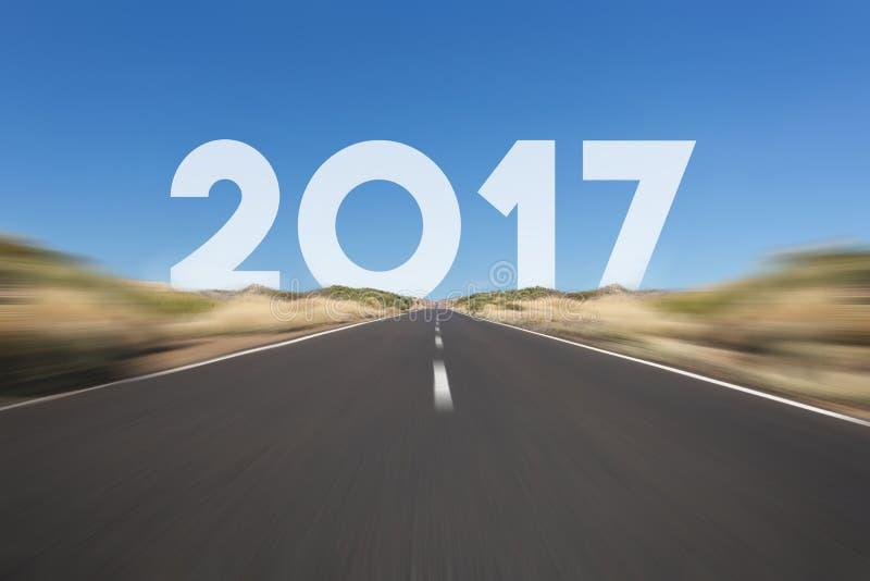 Conceito 2017 - estrada, estrada do ano novo feliz com texto imagem de stock royalty free
