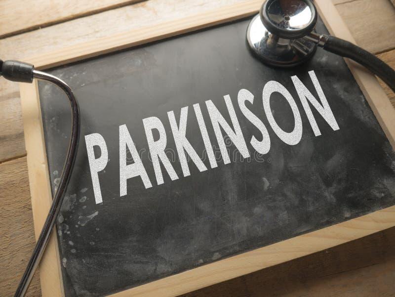 Conceito médico e dos cuidados médicos das palavras da tipografia, doença de Parkinson foto de stock royalty free