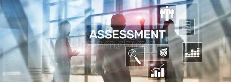 Conceito medida do negócio e da tecnologia da análise da analítica da avaliação da avaliação no fundo borrado ilustração royalty free