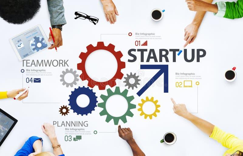Conceito novo Startup dos trabalhos de equipa da estratégia do plano de negócios fotografia de stock royalty free