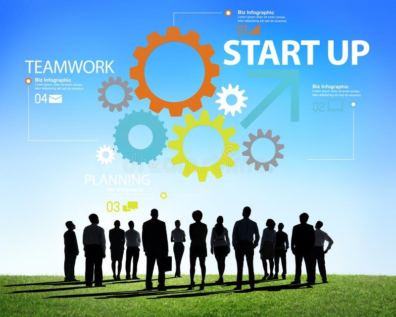 Conceito novo Startup dos trabalhos de equipa da estratégia do plano de negócios imagens de stock