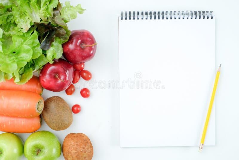Conceito saudável comer da baixa dieta Ketogenic saudável dos carburadores imagens de stock