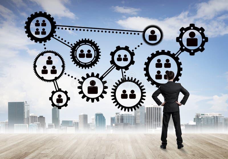 Conceito social da conexão tirado na tela como o símbolo para trabalhos de equipa e cooperação fotos de stock royalty free