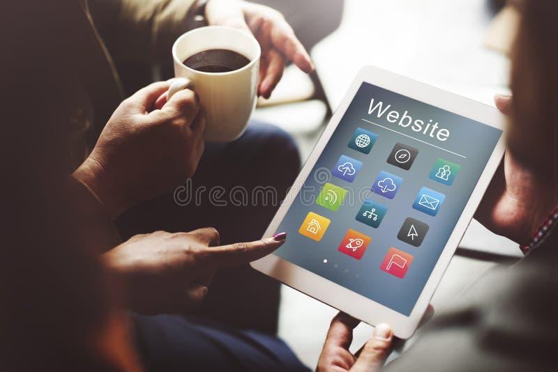 Conceito social dos símbolos do Web site dos meios imagens de stock royalty free