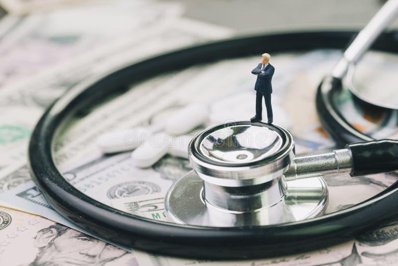 Concep d'affaires d'industrie de soins de santé, pharmaceutique et médicale photos stock