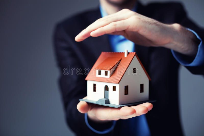 Concept à la maison d'assurance photo libre de droits