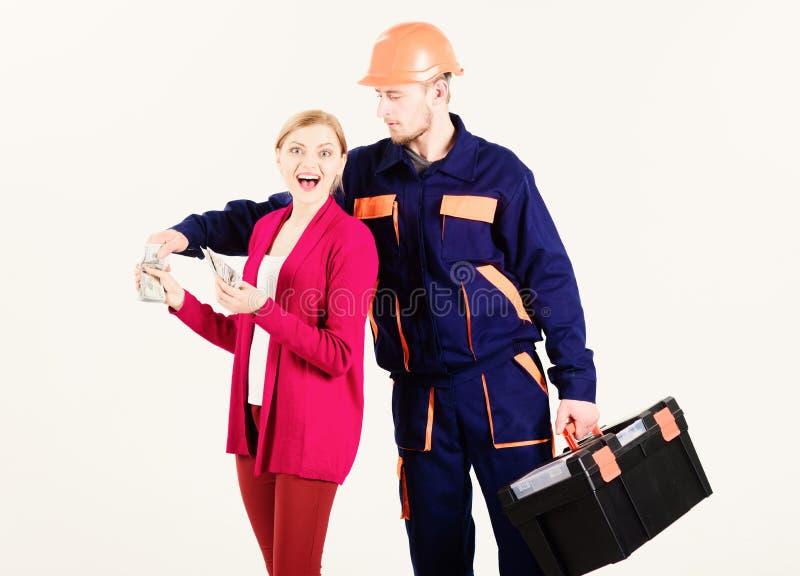 Concept élevé de factures Le réparateur obtiennent le salaire pour le travail photos stock