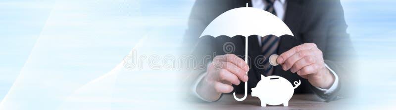 Concept besparingsbescherming Panoramische banner stock afbeelding