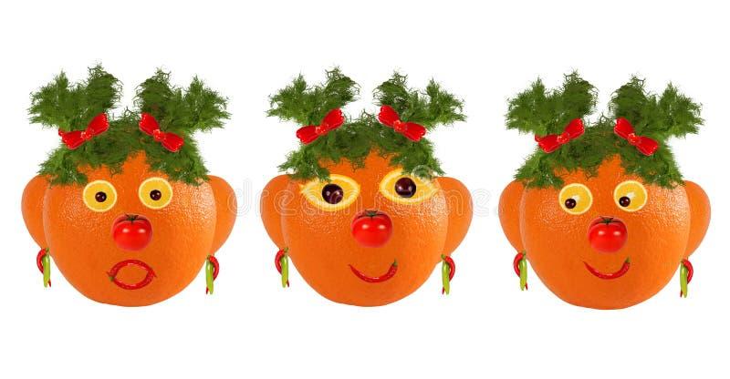 Concept créatif d'alimentation Peu de portraits amusants de légumes et de fruits photographie stock libre de droits