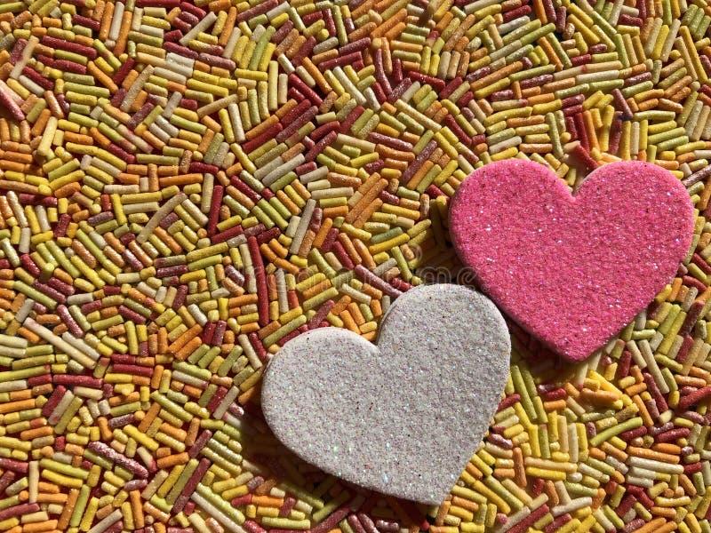 Concept créatif, histoires d'amour, deux coeurs image libre de droits