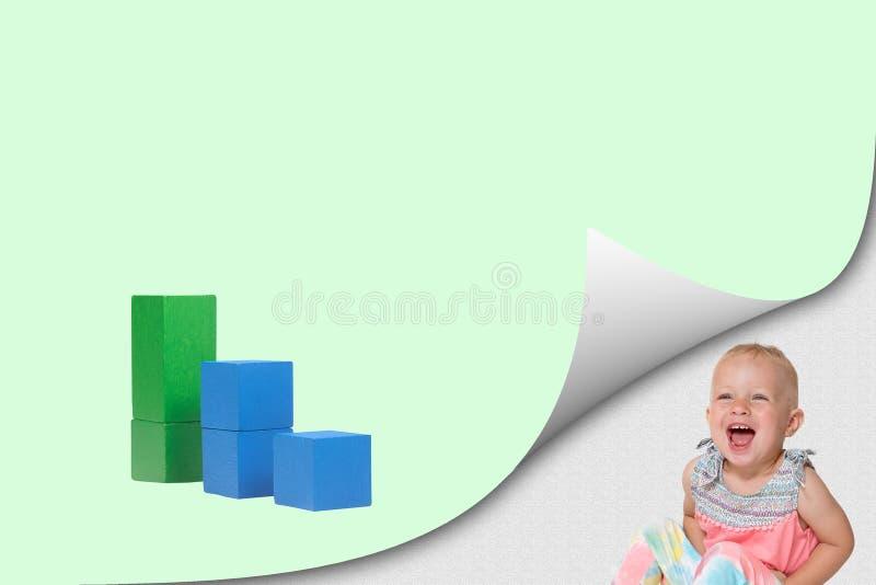 Concept d'écologie avec le graphique et la fille riante d'enfant en bas âge photographie stock libre de droits