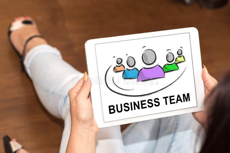 Concept d'équipe d'affaires sur un comprimé image libre de droits