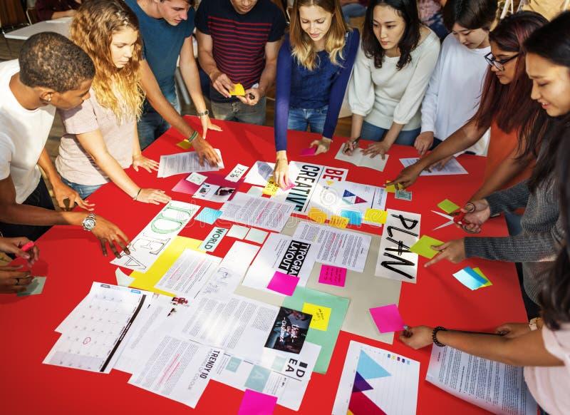 Concept d'étude de Classmate Friends Understanding d'étudiant images libres de droits
