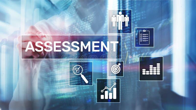 Concept d'affaires et de technologie d'analyse d'Analytics de mesure d'évaluation d'évaluation sur le fond brouillé image stock