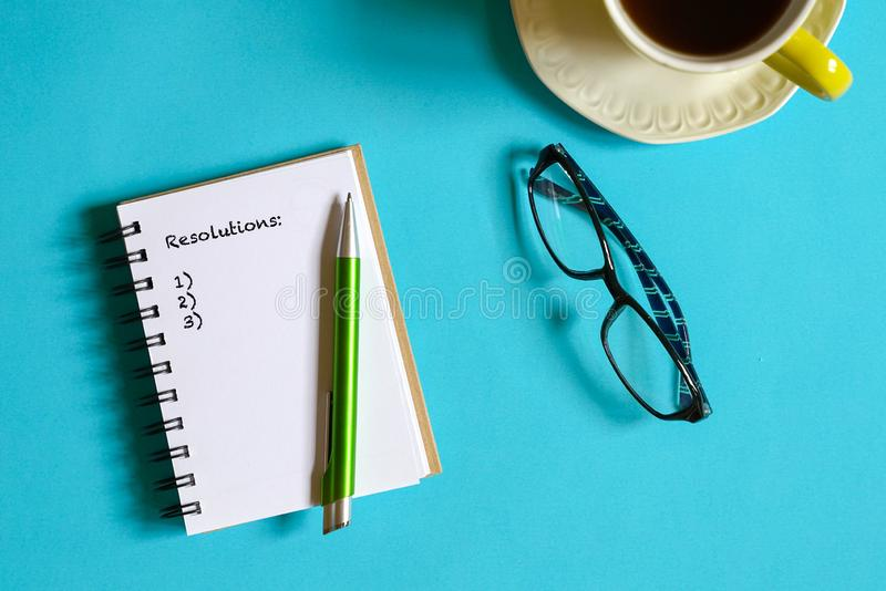 Concept d'affaires ou de succ?s : buts pla?ant ou pr?voyant photographie stock