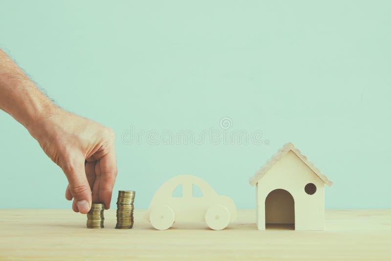 Concept d'assurance vie de famille, hypothèque, financier et problèmes de santé photographie stock libre de droits