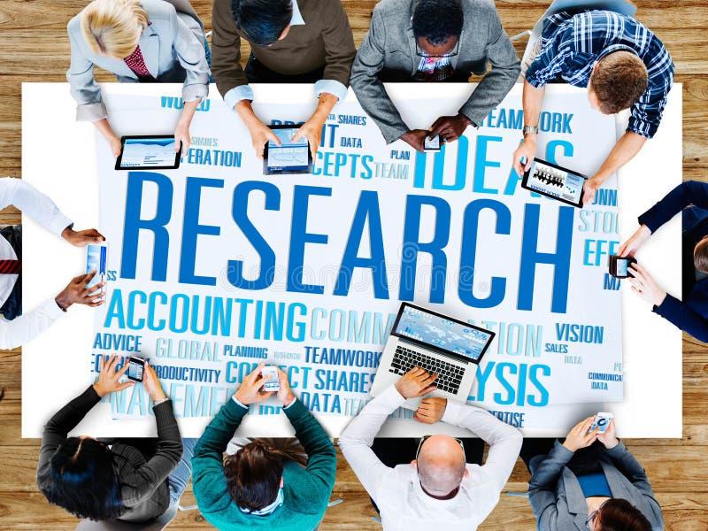 Concept d'exploration de solutions de l'information de faits de données de recherches photo libre de droits