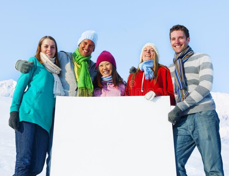Concept d'hiver de neige de bannière de personnes des FO de groupe image libre de droits