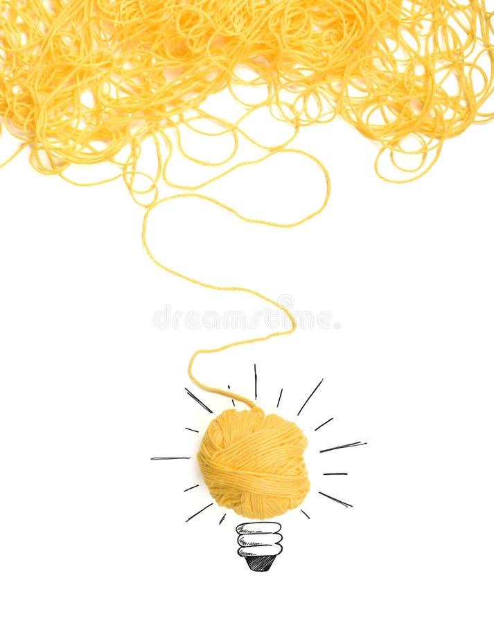 Concept d'idée et d'innovation avec la boule de laine images stock