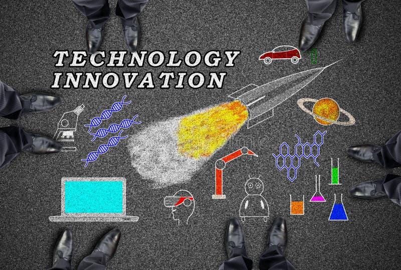 Concept d'innovation de technologie sur une route photographie stock libre de droits