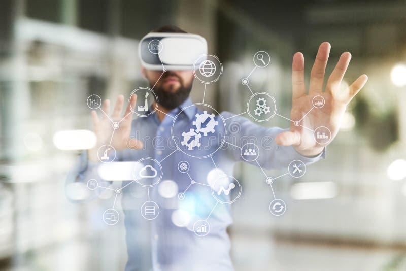 Concept d'intégration Concept industriel et futé de technologie Solutions d'affaires et d'automation photographie stock