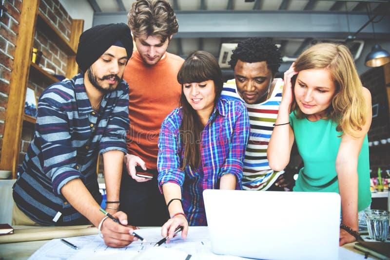 Concept d'intérieur de Teamwork Brainstorming Planning de concepteur photos libres de droits