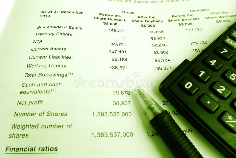 Concept d'investissement, rapport annuel d'actionnaires images stock
