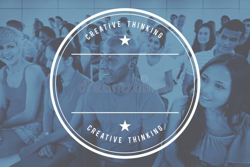 Concept d'université d'amitié d'assistance de participation d'étudiants images libres de droits