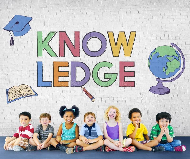 Concept de étude scolaire de graphique d'enfants d'école photos stock