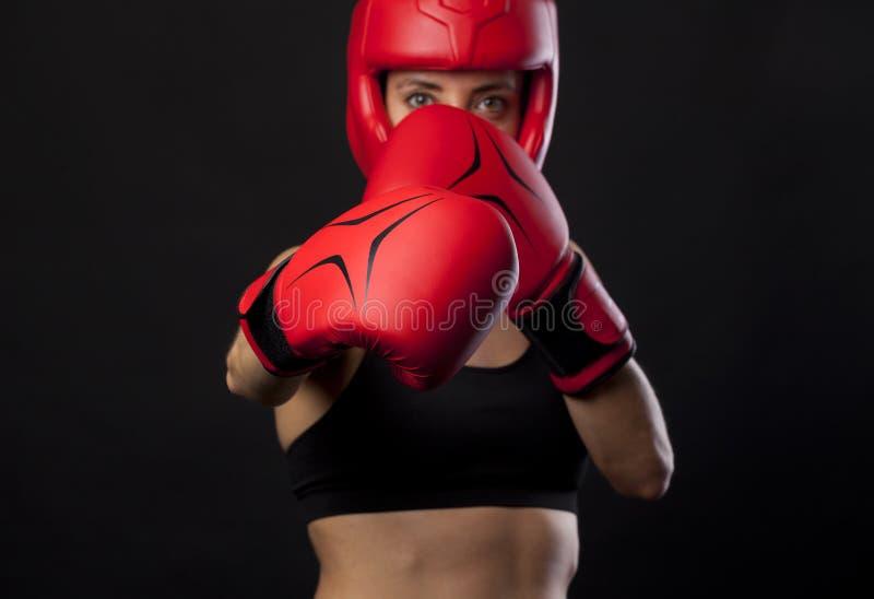 Concept de boxe avec le boxeur féminin photo libre de droits