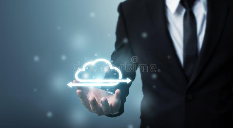 Concept de calcul de nuage et de connexion réseau de technologie, Busin images stock