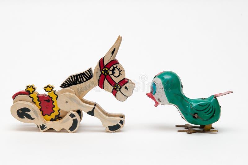 Concept de communications avec des jouets de vintage images stock