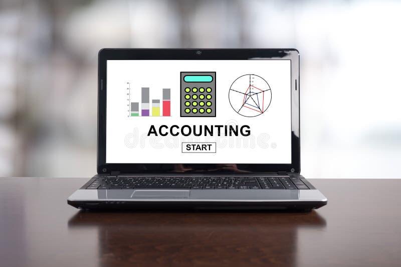 Concept de comptabilité sur un ordinateur portable images stock