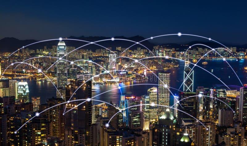 Concept de connexion de mise en réseau d'horizon de ville de Hong Kong, effet moderne de filtre photos stock