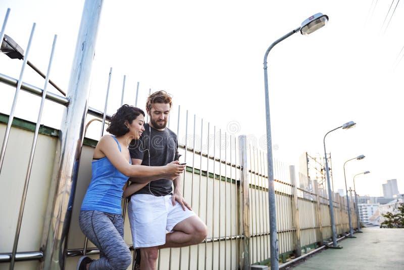 Concept de couples de coureur d'exercice de forme physique de sport de séance d'entraînement image libre de droits