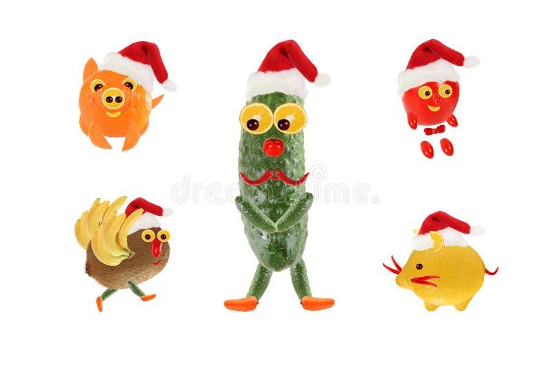 Concept de cuisine créative Fruits et légumes amusants comme le Père Noël Bonne année photo stock