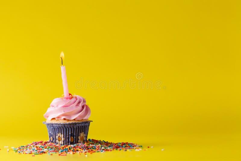 Concept de décoration de cadeau d'anniversaire photo stock