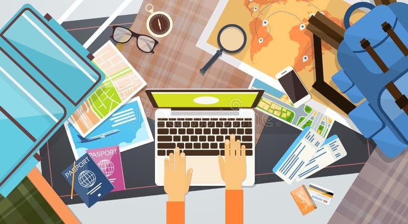 Concept de dactylographie de vacances d'ordinateur portable de prise de mains de document de voyage de carte d'embarquement de bi illustration stock